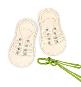 shoe lacing game